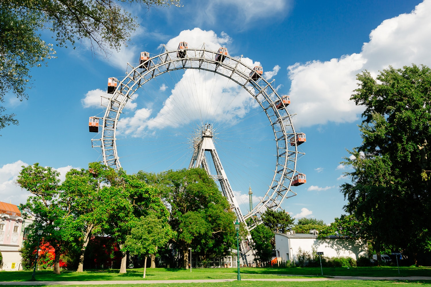 Giant Ferris Wheel in Vienna (c) VIENNA SIGHTSEEING TOURS_Bernhard Luck.jpg